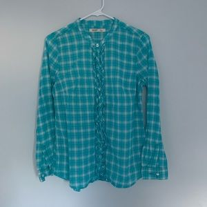Blue buttoned down shirt/flannel